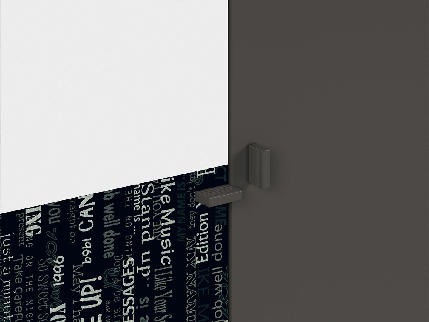 Skriňa GRAPHIC REG2D/C sivý wolfram/sivý wolfram/biely/čierny s nádpismi
